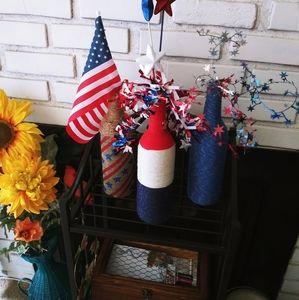 Patriotic decorated wine bottles set of 3